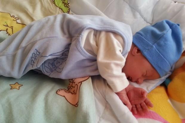 Śląskie: pierwsze dziecko z rządowego programu in vitro