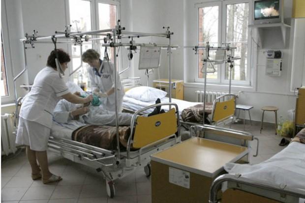 Podlaskie: nowe kontrakty na ortopedię i zakład pielęgnacyjno-opiekuńczy