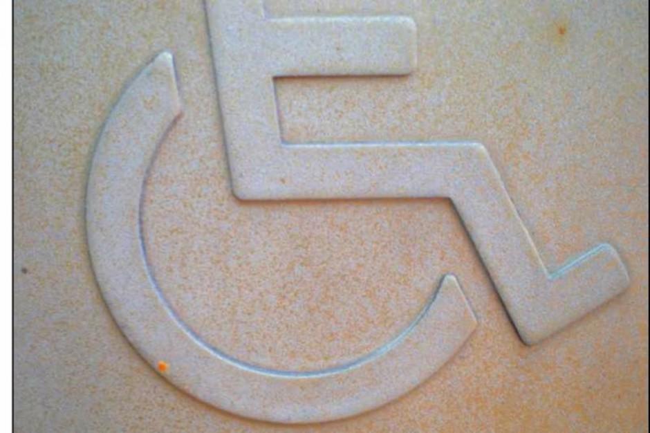 W ministerstwie pracy okrągły stół o wsparciu dla niepełnosprawnych