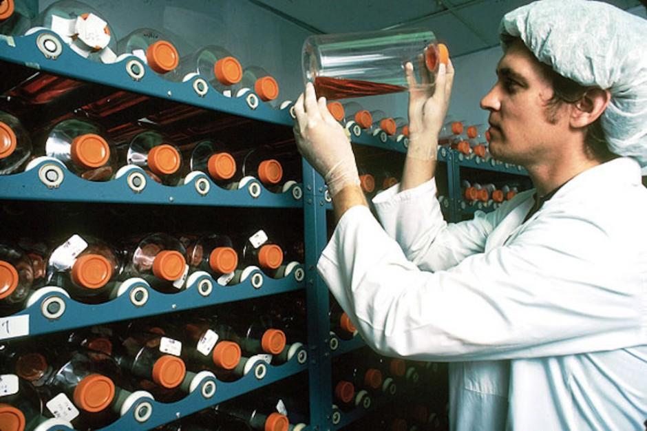 Eksperci: leki biologiczne zdominowały nowoczesne lecznictwo