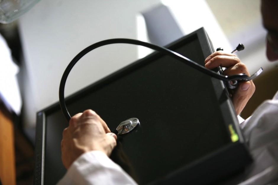 """Opole: lekarze chcą zastąpić """"dr Google"""""""