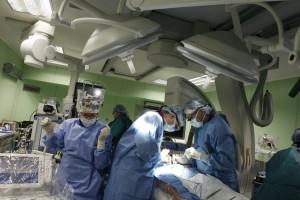 Katowice: pacjent z pękniętym sercem uratowany w GCM bez otwierania klatki piersiowej