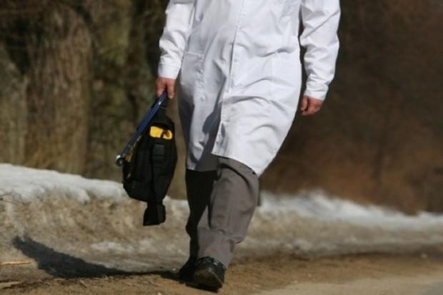 Śląskie: po kartę zgonu od lekarza do lekarza