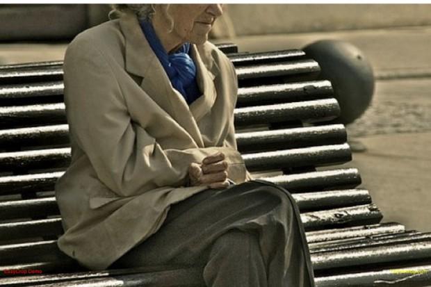Japonia: demencja seniorów poważnym problemem społecznym