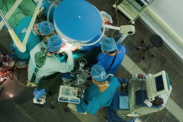 Podlaskie: operacje laryngologiczne z kamerą 3D o średnicy 4 mm