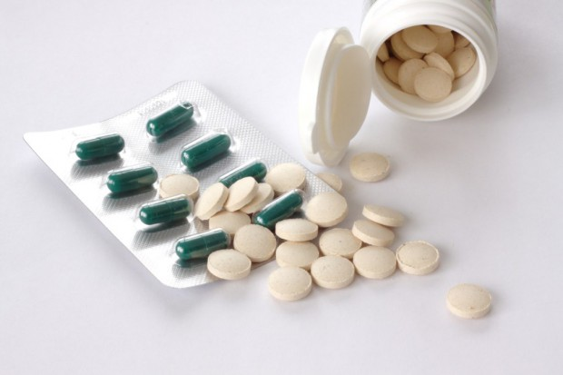NFZ: o wielkości kwoty refundacji i liczbie zrefundowanych leków