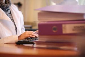 Ergonomia za biurkiem - co nas boli w pracy