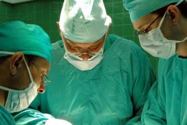 Poznań: laryngolodzy operowali z użyciem kamery 3D