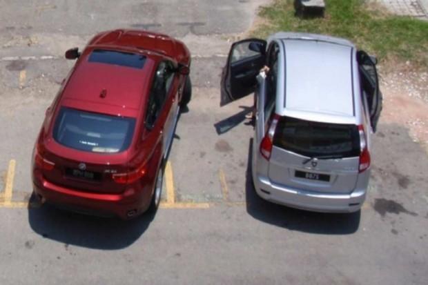 Elbląg: tylko prezydent nie cieszy się z opłat za parking?