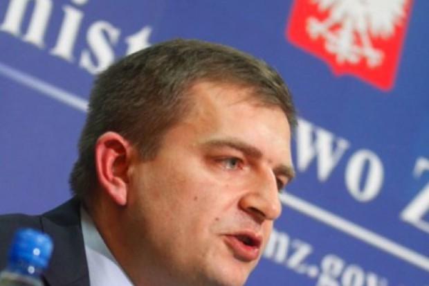 Minister dziękuje za szybkie przyjęcie ustaw kolejkowych