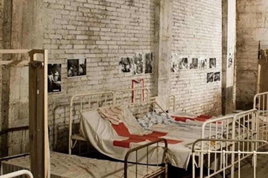 Szpitale Polowe 1944 - portal o powstańczej służbie zdrowia