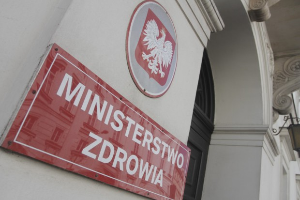 Warszawa: marsz osób chorujących na cukrzycę do siedziby MZ