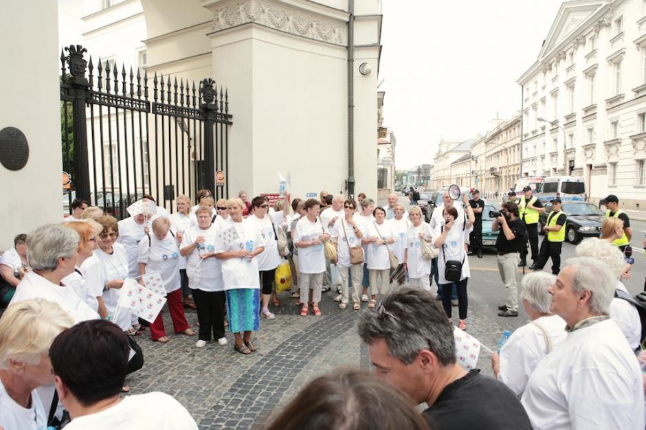Warszawa: ulicami przeszli chorzy na cukrzycę, chcą refundacji leków inkretynowych