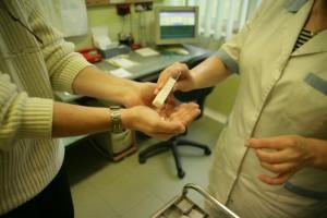 Pacjenci z wrodzonymi niedoborami odporności przyjmą leki w domu