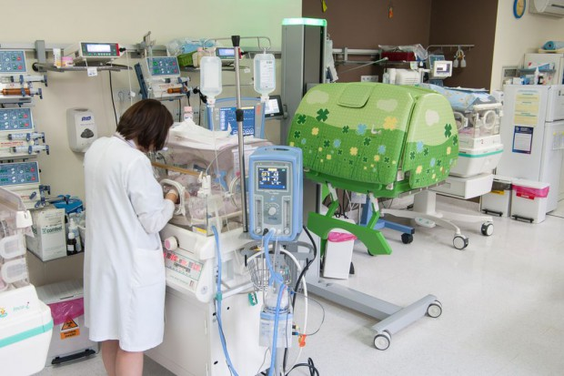 W krakowskim szpitalu testują nowoczesny inkubator dla wcześniaków