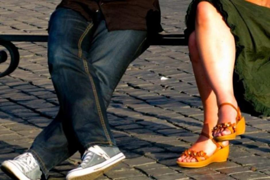 Częste zmiany partnerów sprzyjają przenoszeniu chorób wenerycznych