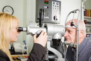Okulistyka: NFZ nie refunduje wszystkich terapii, a pacjent nie może dopłacić