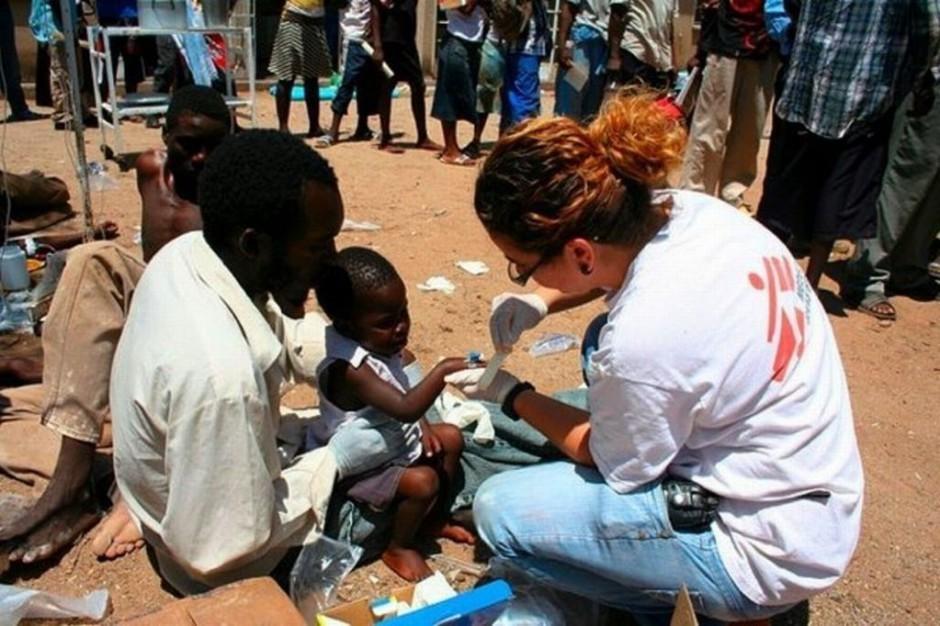 WHO: śmiertelność chorych na ebolę wynosi 70 proc.
