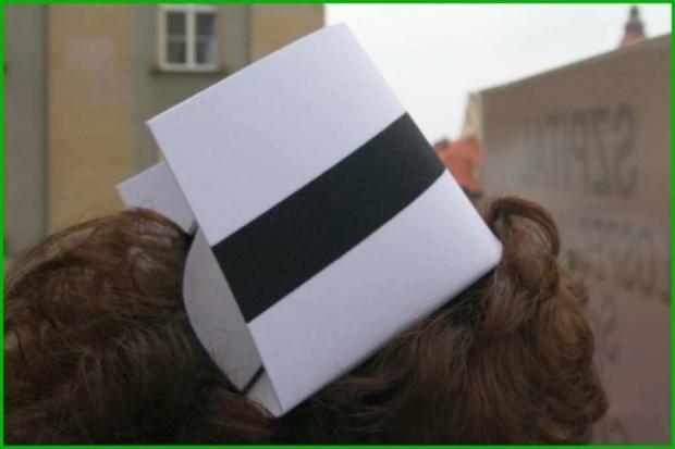 Kujawsko-Pomorskie: założyły czarne koszulki i protestują