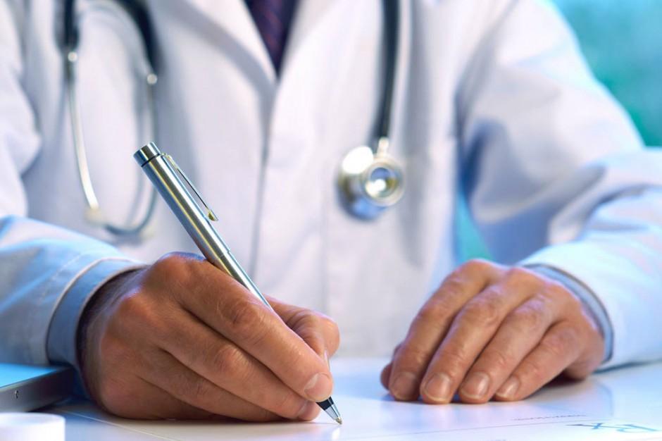 Postępowanie ws. lekarza, który przyjmował pacjentów będąc pod wpływem alkoholu umorzone