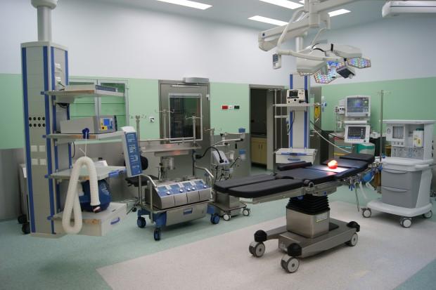 Raport: nastał dobry czas na fuzje i przejęcia w branży medycznej