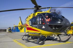 Warszawa: załoga śmigłowca LPR-u oślepiona laserem w trakcie lotu
