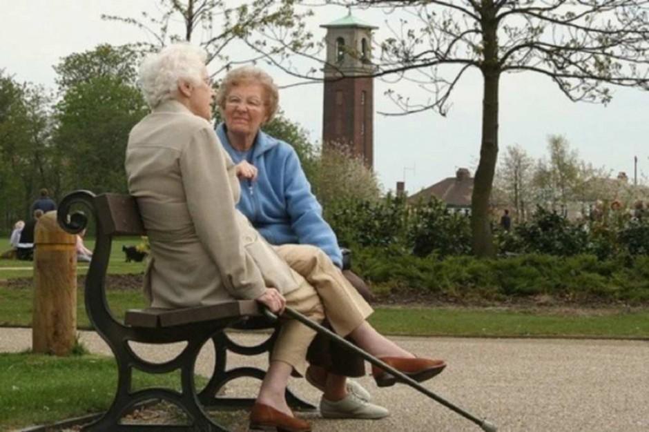Kobiety w miastach starzeją się szybciej