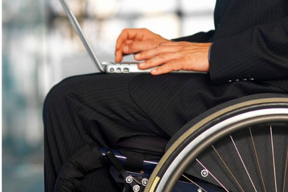 Kraków: była policjantka namawia funkcjonariuszy do pomocy niepełnosprawnym