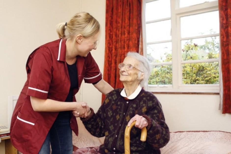 Caritas poszukuje wolontariuszy, którzy pomogą starszym i chorym w ich domach