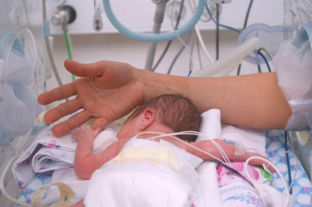 Opolskie: porodówki generują straty