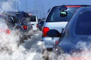 WIOŚ: wysokie stężenia zanieczyszczeń powietrza na Mazowszu