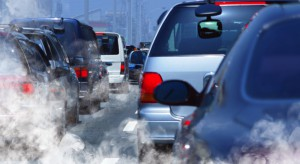 Badania: smog komunikacyjny powoduje zmiany w DNA u dzieci