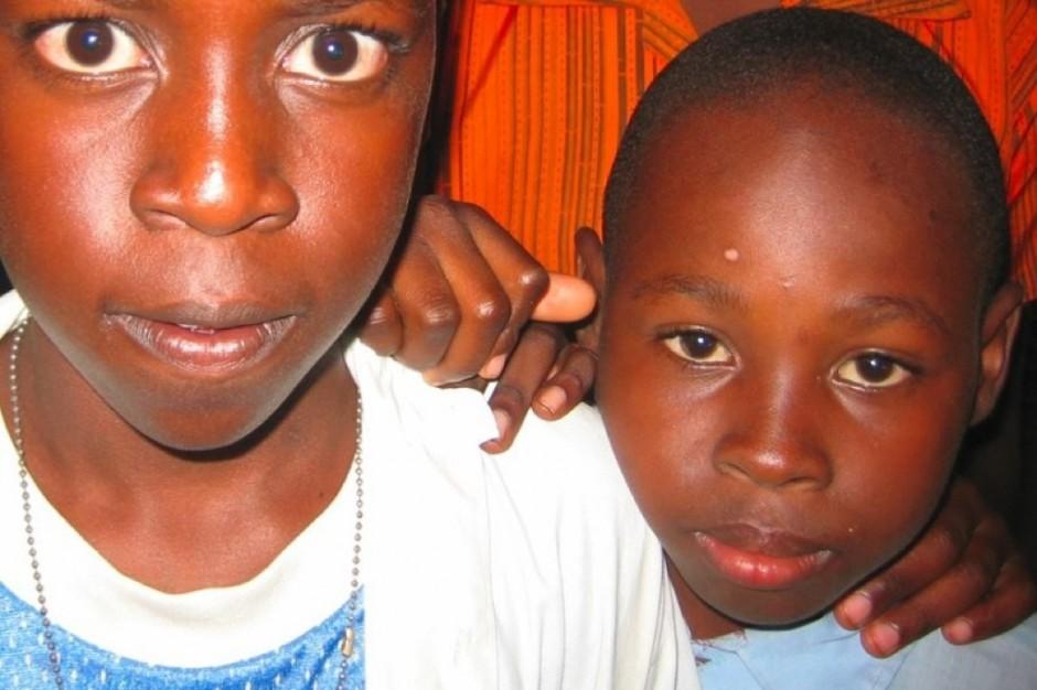 Poznań: fundacja zebrała 30 tys. past i szczoteczek dla dzieci z Afryki