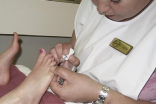 Śląskie: kosmetyczki szkolą się, by ograniczyć zakażenia