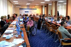 """Akcja """"Dzień Osób z Niepełnosprawnością"""" - eksperci udzielają porad"""