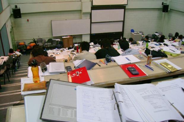 NRL: ujednolicić obliczanie średniej ocen ze studiów medycznych