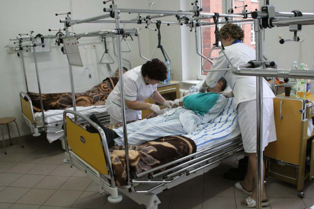 Brytyjskie szpitale chcą zatrudnić polskie pielęgniarki. Zaoszczędzą na tłumaczach