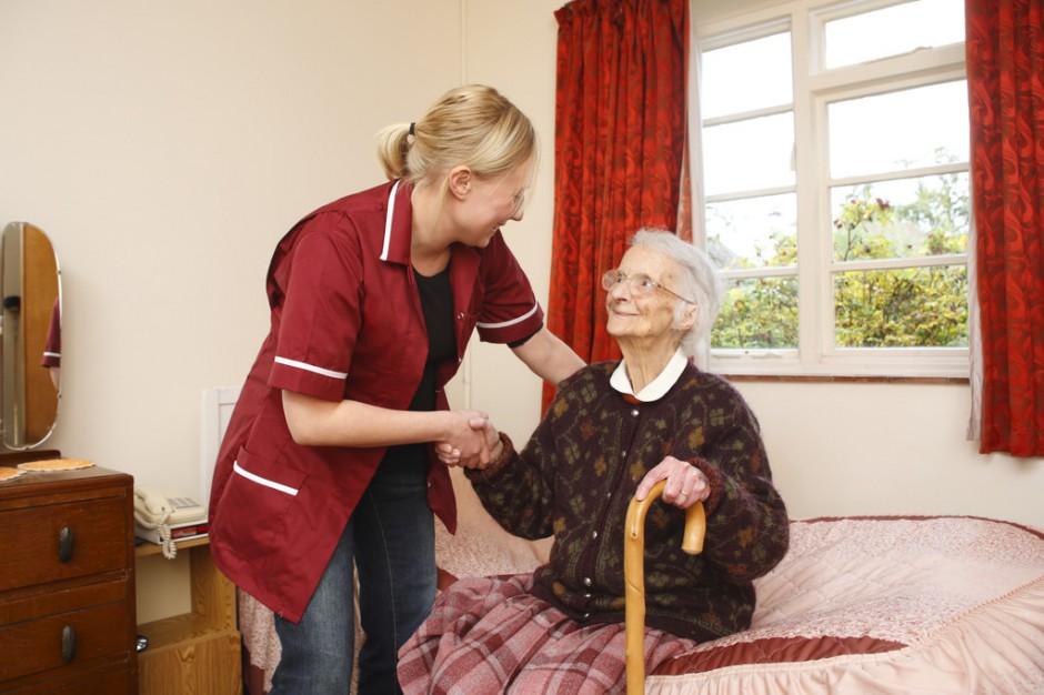 Na mapę usług dla osób niesamodzielnych wkracza opieka krótkoterminowa