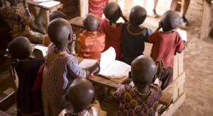 Pierwsze szczepienia przeciwko malarii w Afryce
