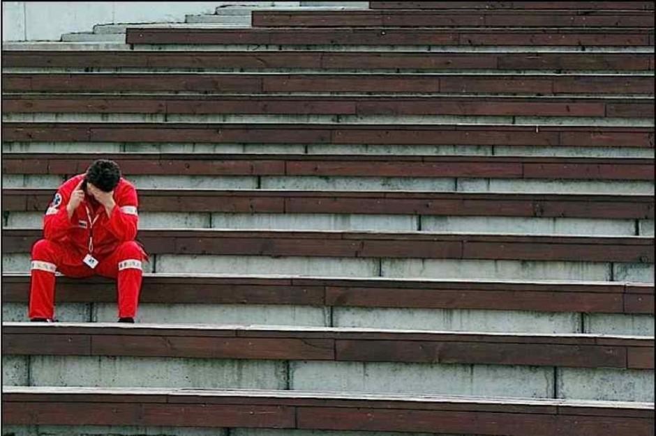 """Bydgoszcz: ratownicy medyczni czują się zagrożeni - chcą uruchomienia """"czerwonego kodu"""""""