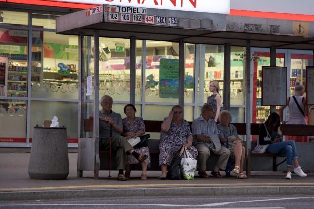 Warszawa: wysłali chorego na badania do innego szpitala tramwajem