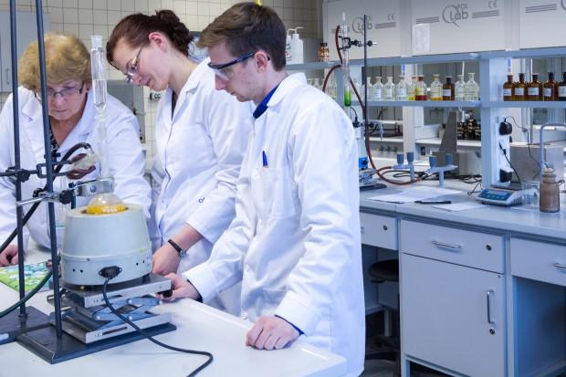MZ: w przyszłym roku akademickim o 869 miejsc więcej na kierunku lekarskim