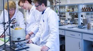 KIDL apeluje o większą liczbę diagnostów z tytułem specjalisty w laboratoriach