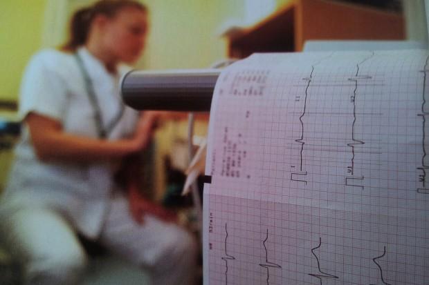 Kalisz: wszczepiono rejestrator do telemonitoringu pracy serca