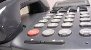 Przepis o karach za blokowanie numerów alarmowych wszedł w życie