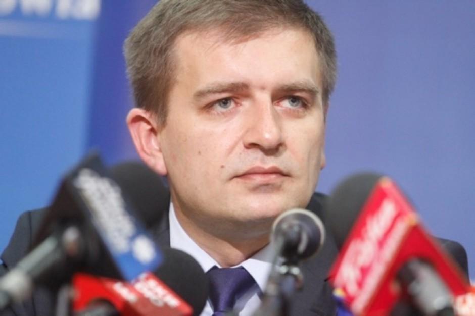 Arłukowicz: decyzje kierownictwa MZ są coraz większym ciężarem dla rządu