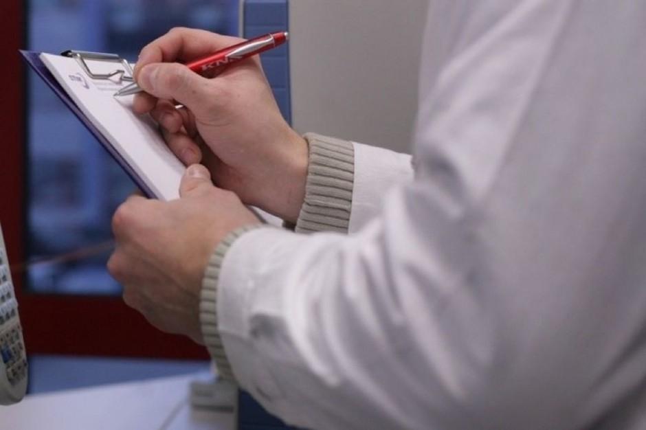 """Onkologia: """"zielone karty"""" najczęściej wystawiane są przez lekarzy w szpitalach"""