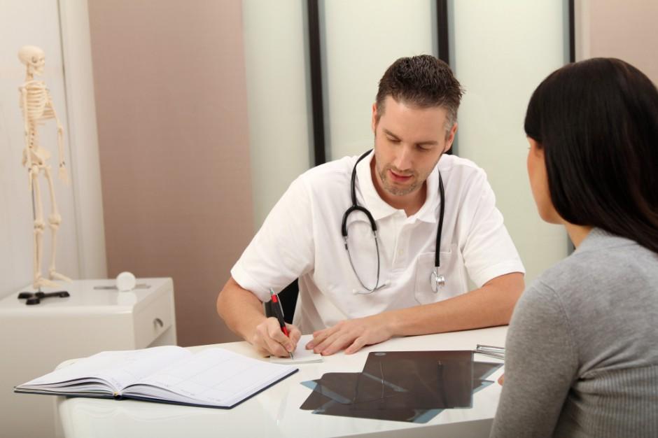 NFZ koryguje wyceny świadczeń w ambulatoryjnej opiece specjalistycznej