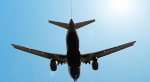 Rząd: z powodu koronawirusa obowiązuje zakaz połączeń lotniczych z 44 państwami