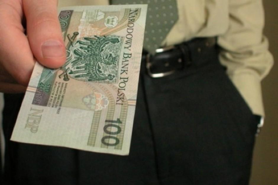 Lubartów: żądał 30 tys. zł i szantażował lekarza